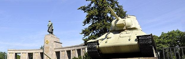 Berlin Sowjetisches Ehrenmal Tiergarten